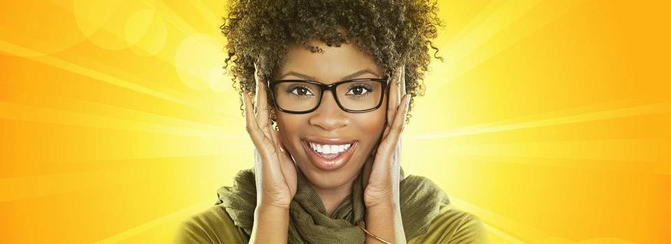 woman_glasses_yellow